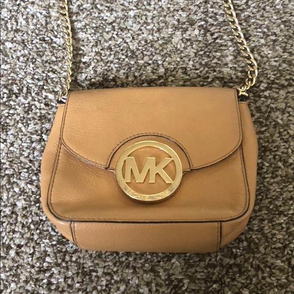 53687cbad99d Michael Kors Fulton Leather Small Crossbody Purse.  M_5a8726ca5512fd53fd513f8d